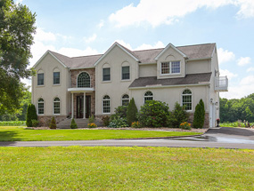760 Elk Rd, Monroeville – $590,000