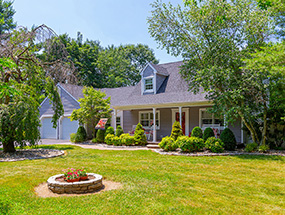50 Independence Ct, Woolwich Township - $352,000