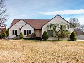 119 Lillian Ave, Sicklerville - $223,000
